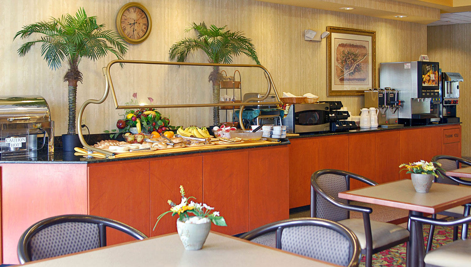 complimentary hot american buffet breakfast every morning